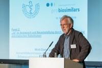 AkdÄ-Vorsitzender Ludwig warnt vor Nocebo-Effekten bei automatischer Substitution