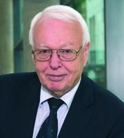 Hess leitet Schiedsstellenverfahren um Kassenabschlag